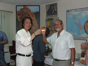 M. Atsushi TAKAGI et M. Gilbert AUNEAU, Président du Groupe SIECMI